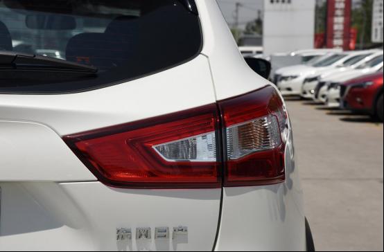 90后拼一代的潮范SUV选车推荐909.png