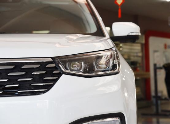 10万起步自主品牌SUV不纠结 哈弗F7对比长安CS55495.png