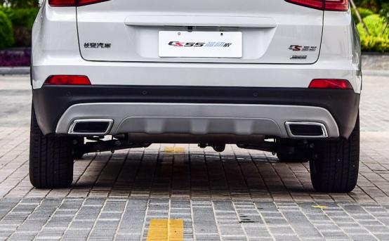 10万起步自主品牌SUV不纠结 哈弗F7对比长安CS551374.png