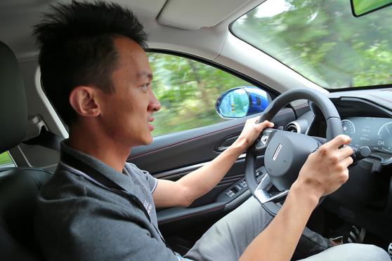 试驾WEY VV5升级款 加装四驱系统+配置升级,体验再升级1573.png