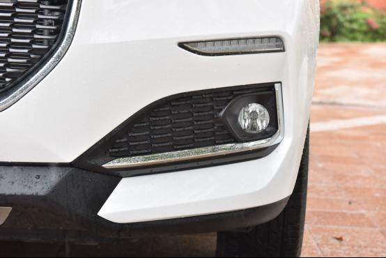 10万起步自主品牌SUV不纠结 哈弗F7对比长安CS55579.png