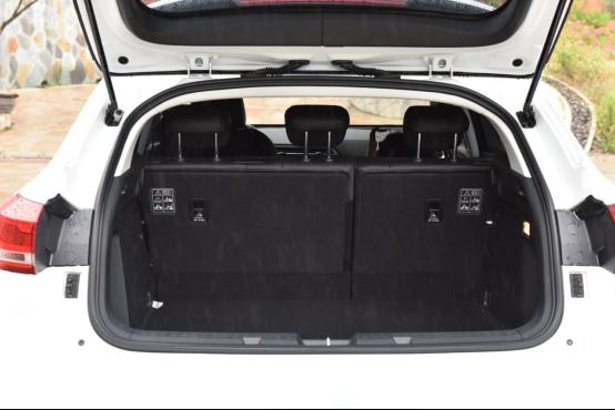 10万起步自主品牌SUV不纠结 哈弗F7对比长安CS552530.png