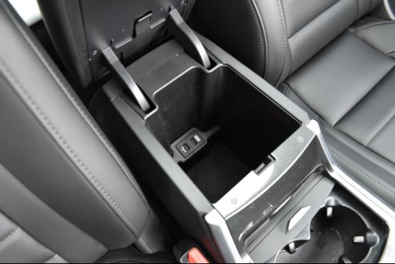 10万起步自主品牌SUV不纠结 哈弗F7对比长安CS552380.png