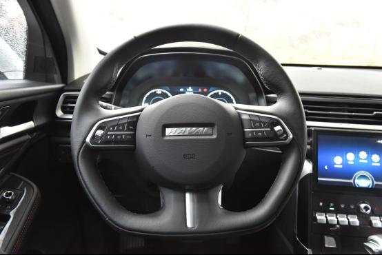 10万起步自主品牌SUV不纠结 哈弗F7对比长安CS551741.png
