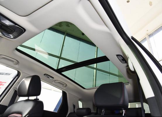 10万起步自主品牌SUV不纠结 哈弗F7对比长安CS552463.png