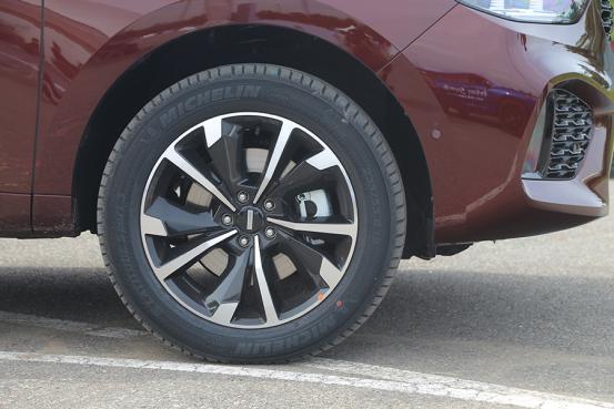 试驾WEY VV5升级款 加装四驱系统+配置升级,体验再升级2032.png