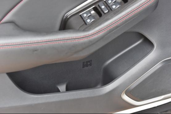 10万起步自主品牌SUV不纠结 哈弗F7对比长安CS552323.png