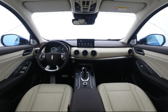 0914通发稿-智能、安全划为重点  VV6领衔驾驶科技1060.png