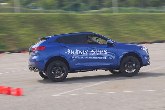 试驾WEY VV5升级款 加装四驱系统+配置升级,体验再升级2252.png